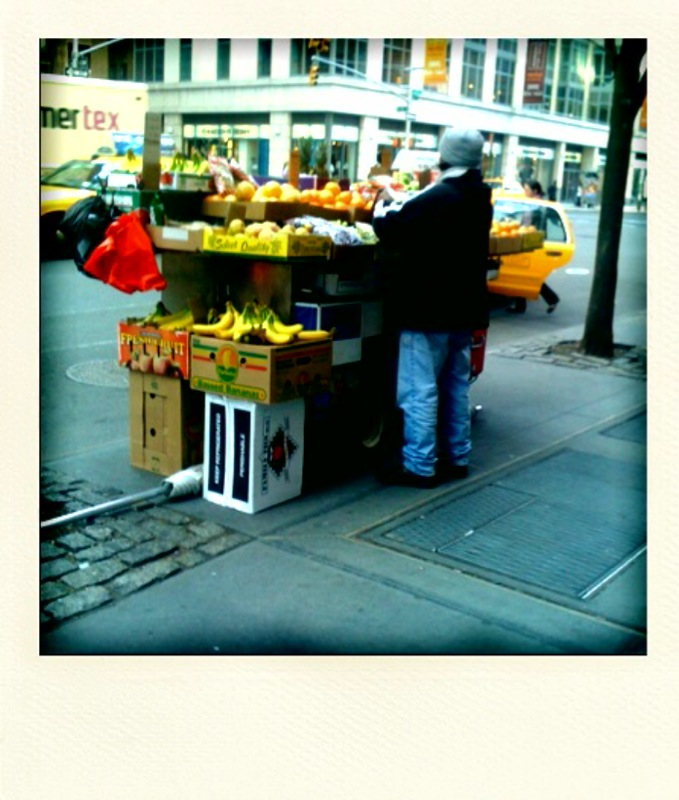 pineapples-on-6th-ave1